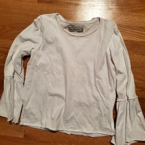 Abercrombie and Fitch white ruffle sleeve top
